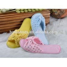 Couleurs personnalisées pantoufles d'intérieur avec sequin femmes chaussures d'hiver 2016 slip on house shoes