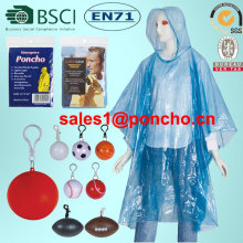 Engångs PE Rain Poncho Raincoat In Ball