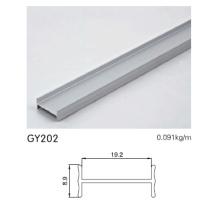Aluminium Kleiderschrank in eloxiertem Silber