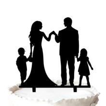 Silhueta de noivo e noiva com dois filhos aniversário bolo Topper