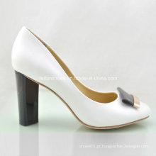 Novo estilo de moda senhoras sapatos saltos grossos saltos altos (oly16311-10)