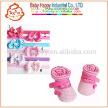 Chine en gros chaussures de coton bébé confortable avec jolie couette de fleurs