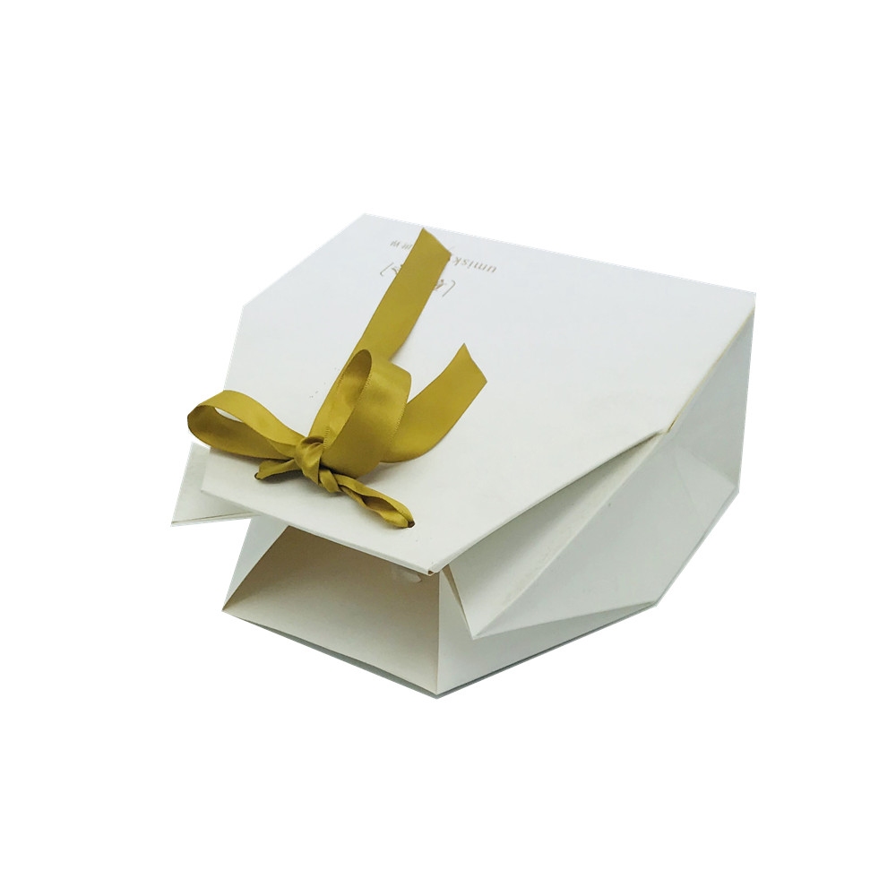 Paper Cosmetic Contain Box