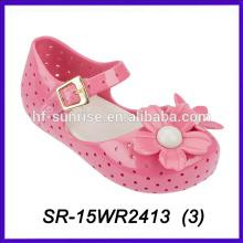 Zapatos rosados del pétalo calza los zapatos de las habas de jalea del melissa de los niños de los niños del pvc