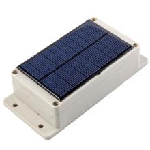 Traqueur de traqueur de GSM GSM avec la batterie 15000mA de grande capacité et panneau solaire pour la batterie supplémentaire