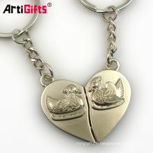 Customize girls ladies half heart metal iron couple paris souvenir keychain