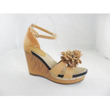 2016 Fashion Wedge Heel Women Sandals (HCY03-189)