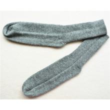 custom mens 100% cashmere socks of high quality