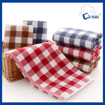 100% Cotton Yarn Red Grid Face Towel