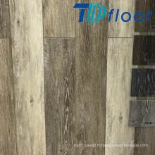 Revêtement de sol en vinyle WPC imperméable rustique en bois de chêne
