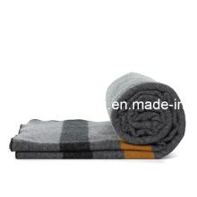 30%Wool/70%polyester de relieve /Refugee manta