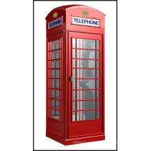Cabine téléphonique antique