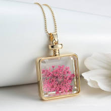 Collier pendentif style simple