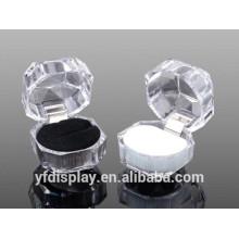 Fashionable Popular Acrylic Ring Display Case