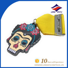 Оптовая высокого качества изготовленный на заказ эмали красочные черепа глава медалей