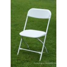 Cadeira dobrável de plástico com armação de aço reforçada