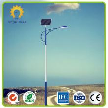 Poste solar para iluminação pública na Nigéria