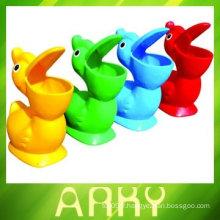 Poubelle en plastique pour enfants pour la maternelle
