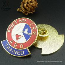 Diseño gratuito Metal Crafts Enamel Badge Pins personalizados de solapa sin mínimo