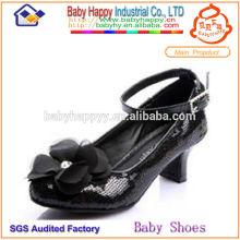 Zapato de niño de lentejuelas negro para niños