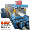 Dachfirstkappe benutzt für die Metallfliese, die Maschine bildet