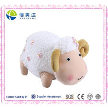 Boneca de ovelha carnuda bonitos bonitos do projeto novo com pouca flor cor-de-rosa