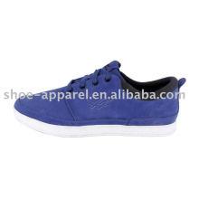 sapatos de skate azul quente com parte superior de camurça