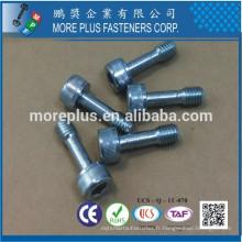 Fabriqué en Taiwan 8.8 Grade Zinc Plated CR3 + 5 um / mn DIN 912 Spécial Hex Socket Flat Head Bolt