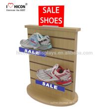 Wir verstehen Klienten braucht im Detail kommerzielle freistehende Slatwall Sport Schuhe Shop Acryl Holz Display Rack
