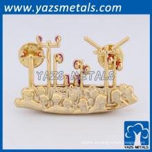 Pin de solapa de mariposa de música de chapado en oro