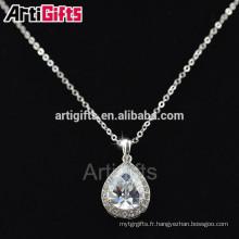 Échantillons gratuits de collier de diamant de plaque d'or blanc