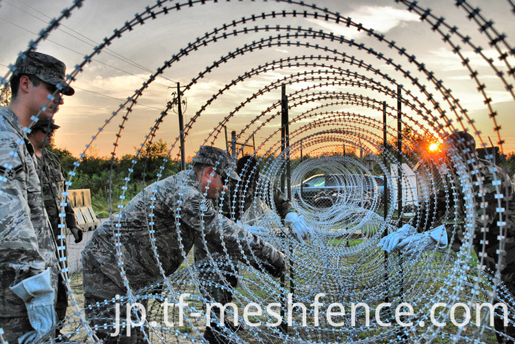 razor barbed wire-60