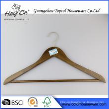 Venta por mayor suspensión de madera para el Hotel caliente venta a granel baratos perchas madera
