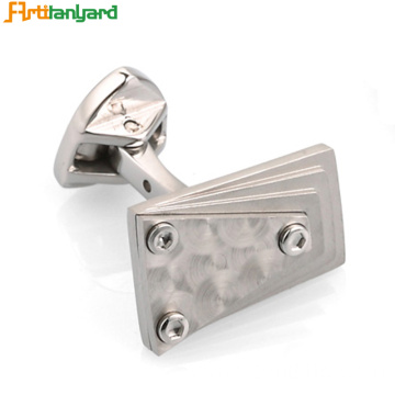 Metal Cufflink For Women With Discrepant Design
