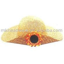 Fashion straw hat with flower