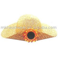 Мода соломенной шляпе с цветком