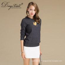 Conceptions faites sur commande de chandail tricoté de laine de logo de broderie de logo pour des femmes