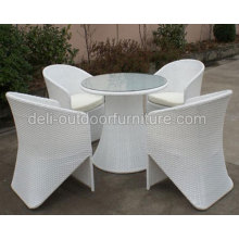 Outdoor Dining Furniture Rattan Chair Round Table