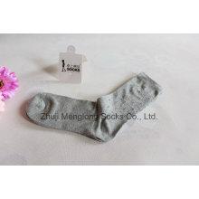 Todos los días los hombres vestir calcetines hechos de algodón fino sudor absorbente