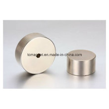 Неодимовые магниты с отверстиями в блоке и форме диска
