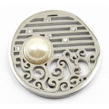 Серебряная монета с жемчужиной 33 мм