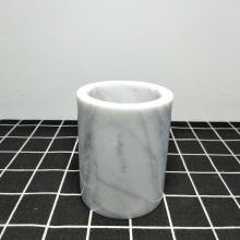 Porta-escova de dentes em mármore branco