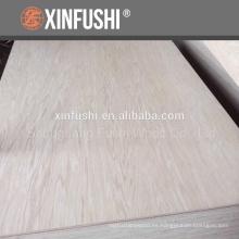 Corte de rotación de la textura de la montaña roble rojo madera contrachapada