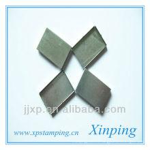 Matériel de couverture en métal non standard pour équipement électrique