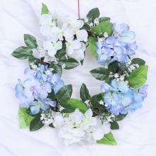 Vente chaude de couronnes de Noël en grapevine décorées