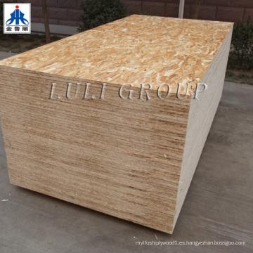 Tablero OSB de 15 mm / 18 mm para uso en la construcción