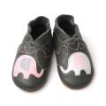 Sapatos de couro macio genuíno por atacado e confortáveis para bebês