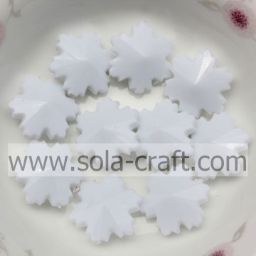 Hotting Sale 14MM White Color Irregular Crystal Snowflake Beads In Christmas Decoration Supplies