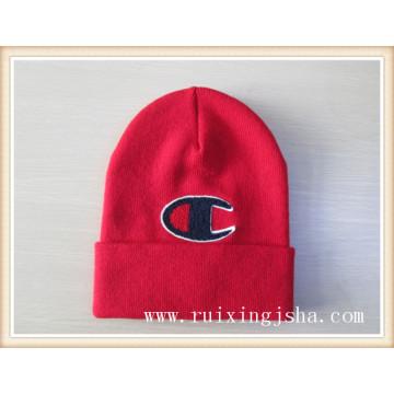 Logotipo do revestimento de malha chapéu de pilha de homens