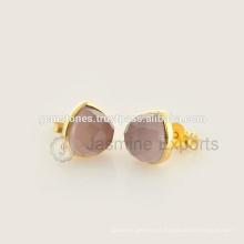 Pendientes naturales del perno prisionero de la piedra preciosa del oro de Vermeil hechos a mano, venta al por mayor Mejores joyas de la calidad de la piedra preciosa bisel de los pendientes Fabricante